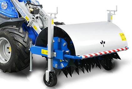 Spike aerator attachment for mini loader multione