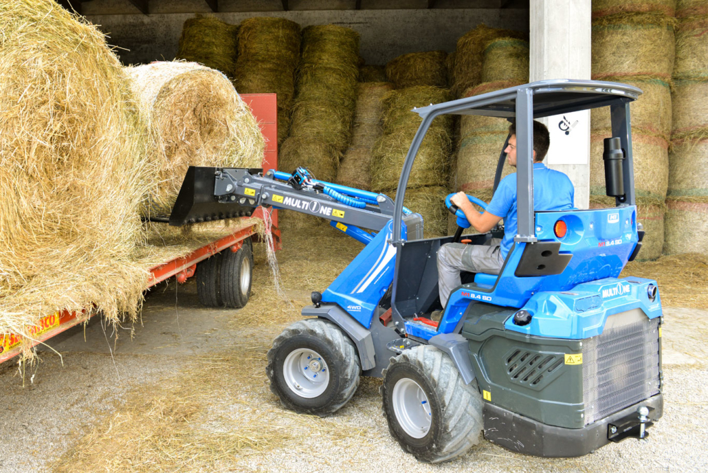 Rear Seated Articulated Mini Loader