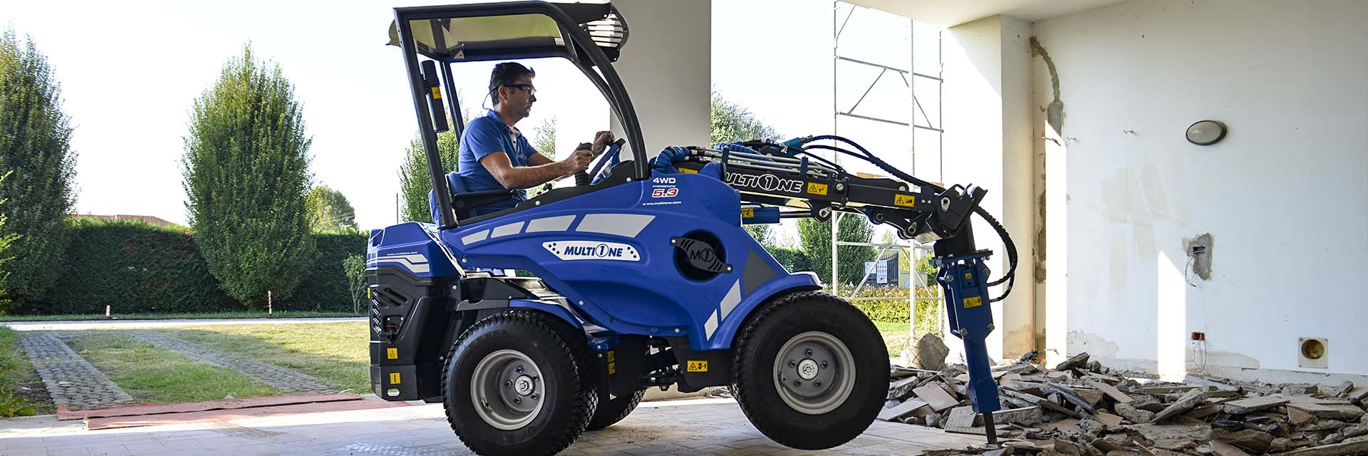 Multifunctional Mini Articulated Loaders Production - Multione